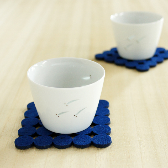 【和食器通販ショップ藍土な休日】期間限定販売! 光春窯 ホタル彫めだかカップ